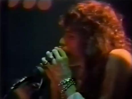 Steven Tyler, Aerosmith live [YouTube screenshot]