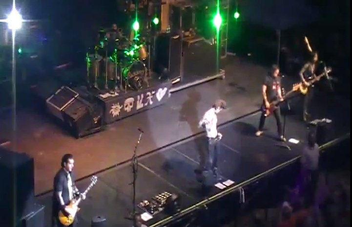 Buckcherry live [YouTube screenshot]